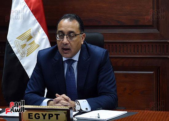 رئيس الوزراء يُلقي كلمة نيابة عن الرئيس السيسي حول متابعة تنفيذ استراتيجية م (10)