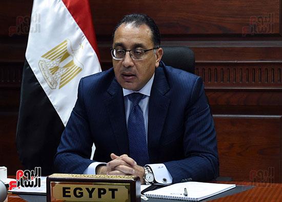 رئيس الوزراء يُلقي كلمة نيابة عن الرئيس السيسي حول متابعة تنفيذ استراتيجية م (9)