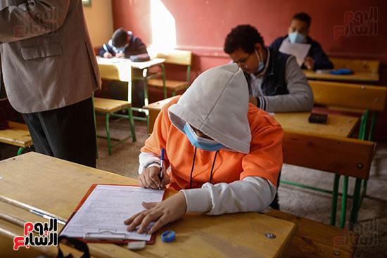 الامتحان المجمع لطلاب الصف الأول الإعدادى للترم الأول (14)