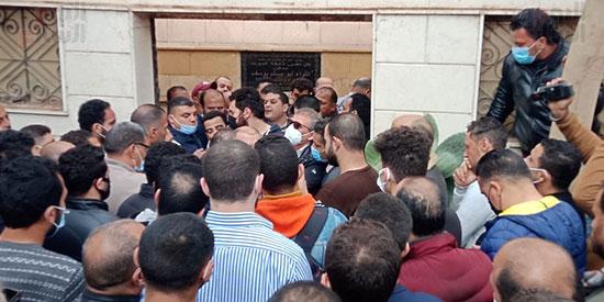 جنازة شقيق خالد يوسف