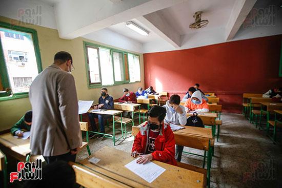 الامتحان المجمع لطلاب الصف الأول الإعدادى للترم الأول (16)