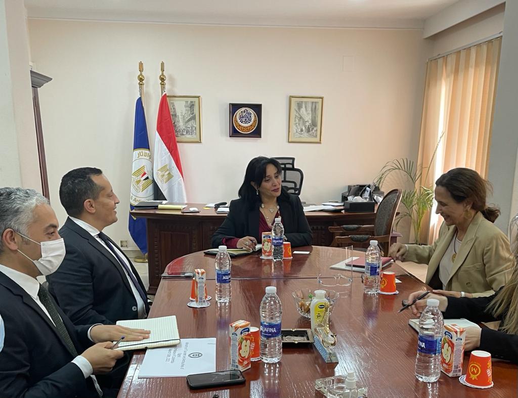 لقاء غادة شلبي مع سفيرة كولومبيا