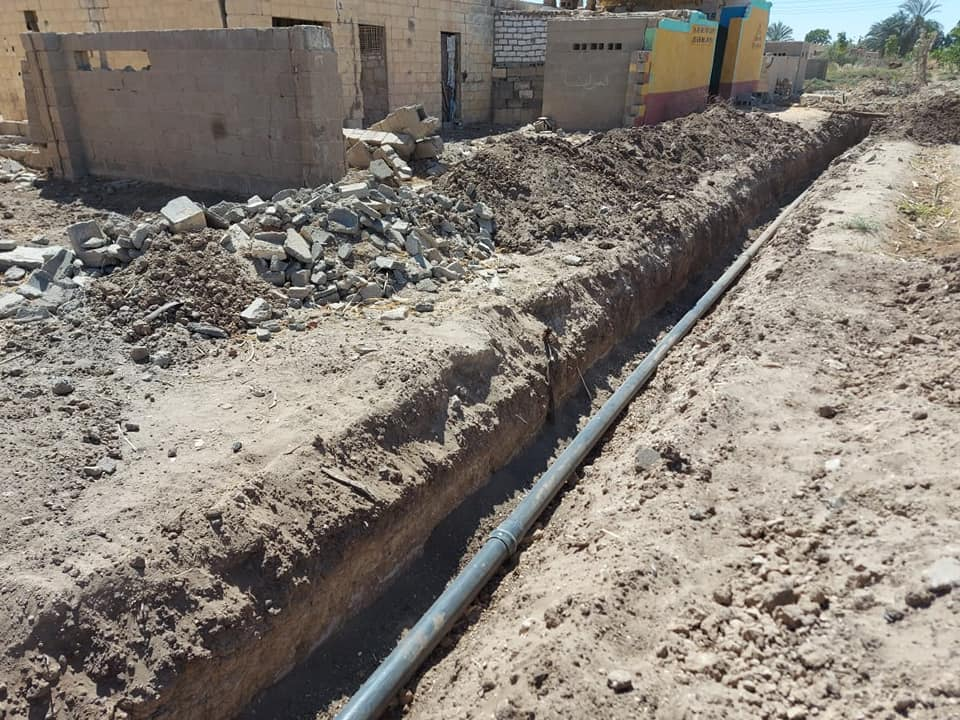 مد وتدعيم خطوط مياه الشرب بطول 200م بقرية الكيمان
