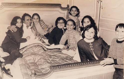 عبد الحليم حافظ وأطفال عائلته
