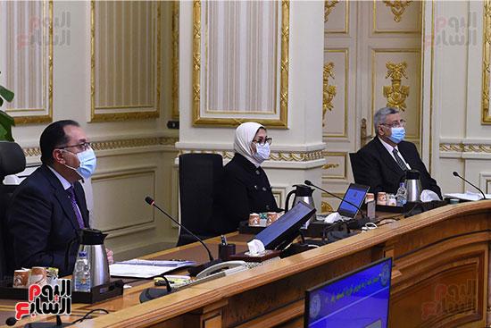 لجنة ادارة ازمة كورونا   (2)