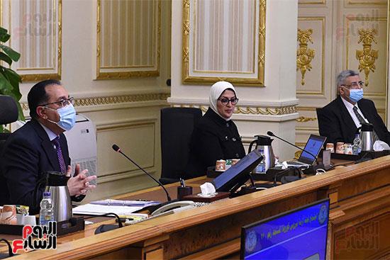 لجنة ادارة ازمة كورونا   (5)