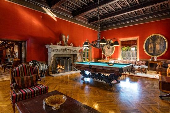 غرفة بلياردو
