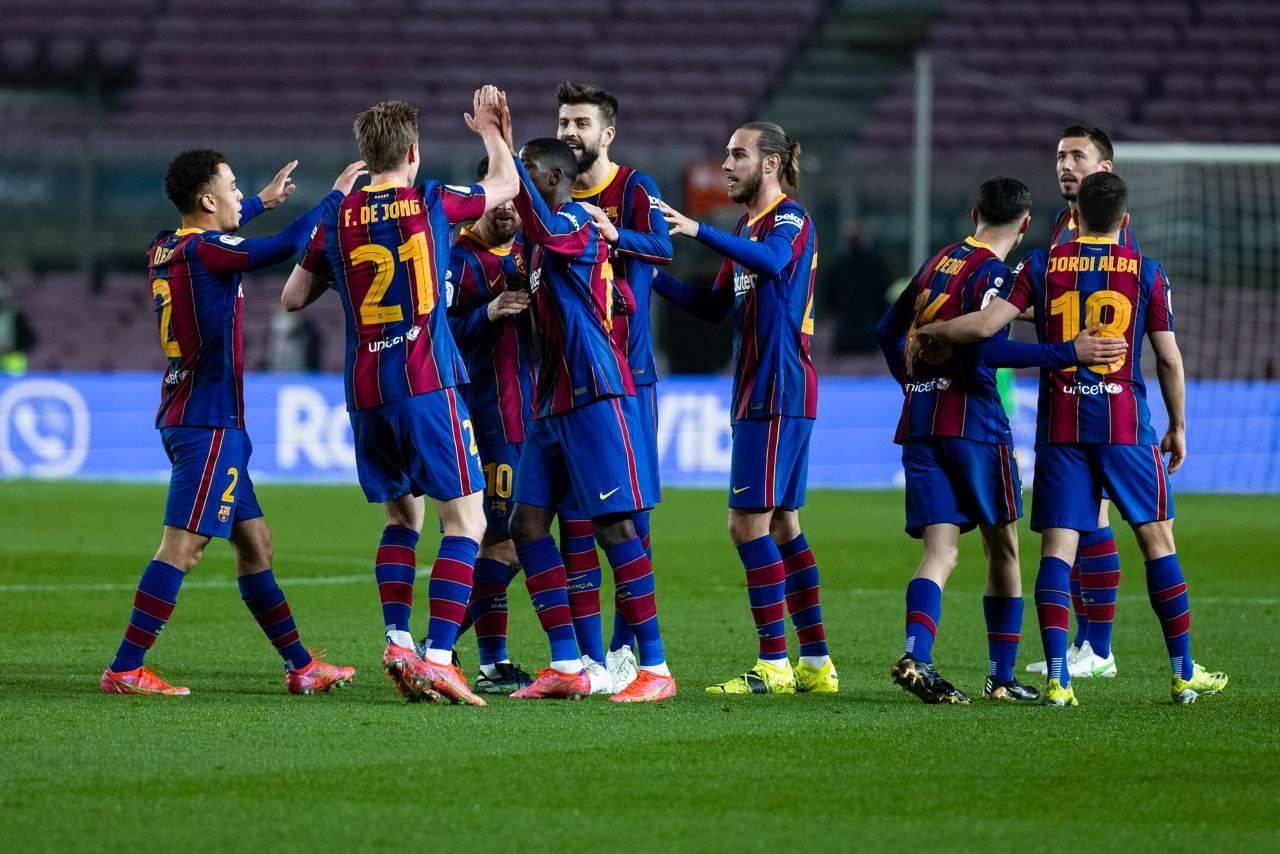 فرحة لاعبي برشلونة بالهدف الأول