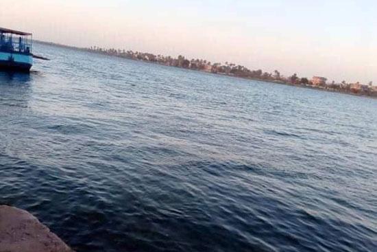 نهر-النيل-فى-أسيوط-مقر-حادث-انقلاب-السيارة