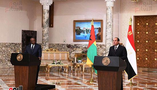 الرئيس عبد الفتاح مؤتمر السيسي وعمر سيسوكو إمبالو رئيس جمهورية غينيا بيساو