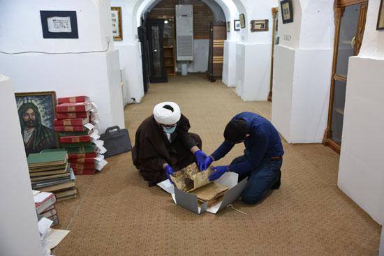 مستودع متخصص في ترميم المخطوطات