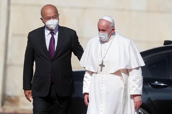 برهم صالح والبابا فرنسيس
