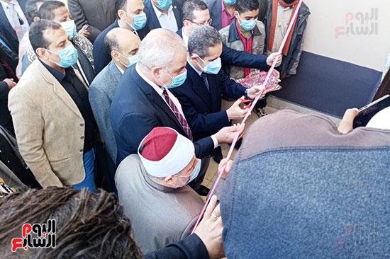محافظ-الغربية-يفتتح-مسجد