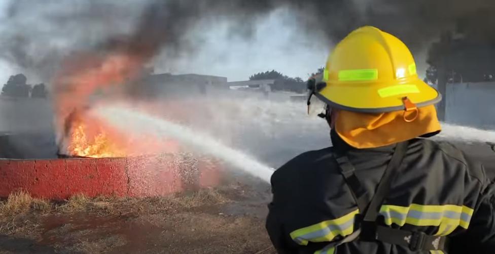 اطفاء الحرائق