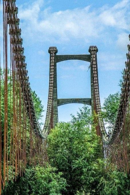 الجسر المعلق عبر نهر ماناواتو