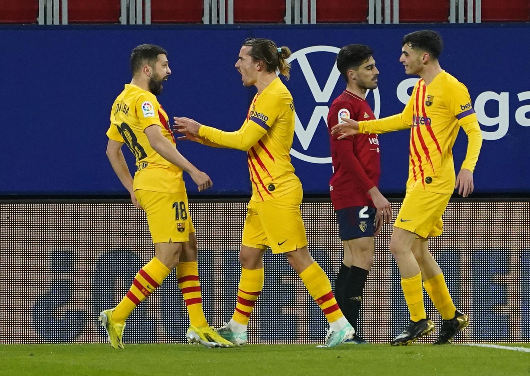 احتفال لاعبى برشلونة بالهدف الأول