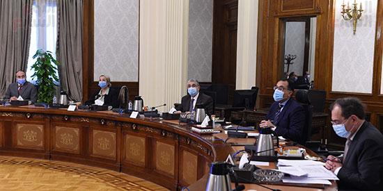 الدكتور مصطفى مدبولى مع رؤساء اللجان النوعية بمجلس النواب (4)