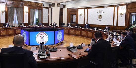 الدكتور مصطفى مدبولى مع رؤساء اللجان النوعية بمجلس النواب (5)