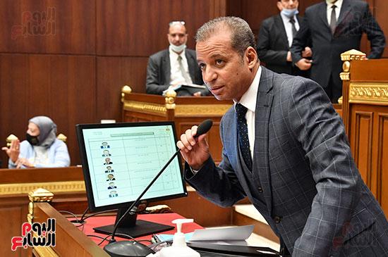 المستشار محمود إسماعيل عتمان امين عام مجلس الشيوخ