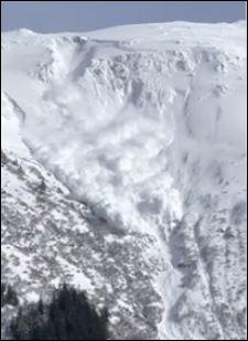 انهيار جليدى فى آلاسكا (3)