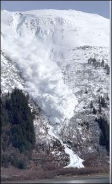 انهيار جليدى فى آلاسكا (4)