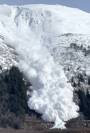 انهيار جليدى فى آلاسكا (2)