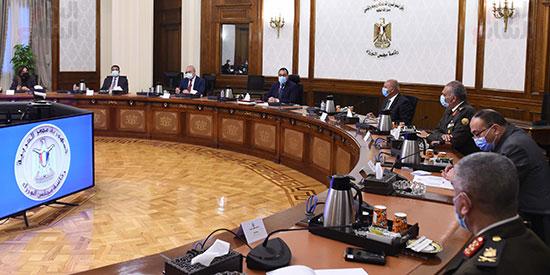 رئيس الوزراء يتابع موقف تنفيذ مشروعات العاصمة الإدارية الجديدة (3)