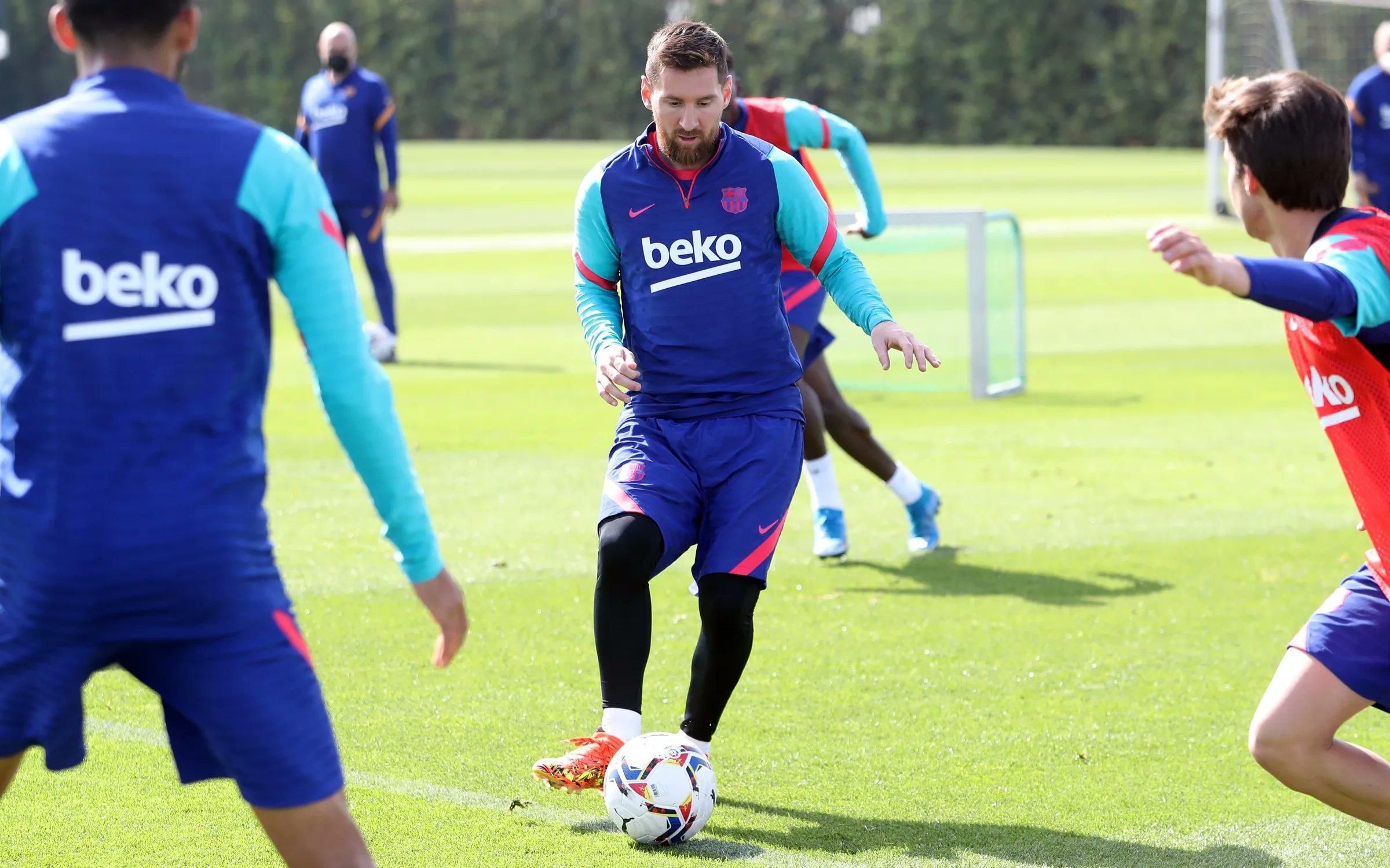 تدريبات برشلونة  (4)