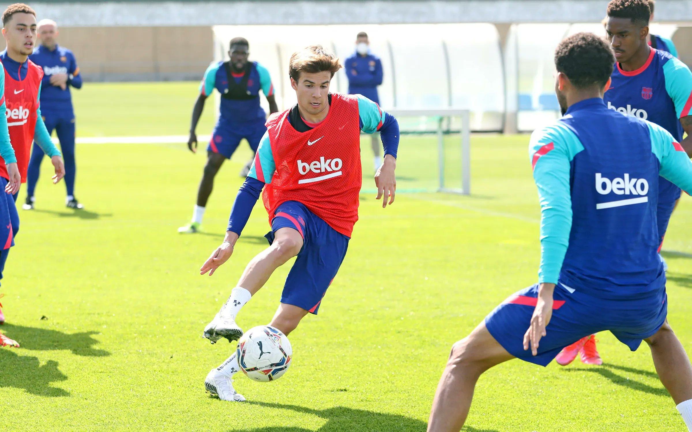تدريبات برشلونة  (8)