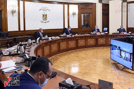رئيس الوزراء يترأس الاجتماع الأول للمجلس الأعلى للموانئ  (3)