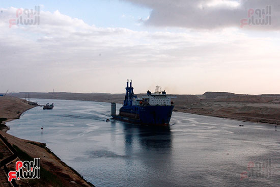 الكراكة مهاب مميش تنضم لأسطول قناة السويس (9)