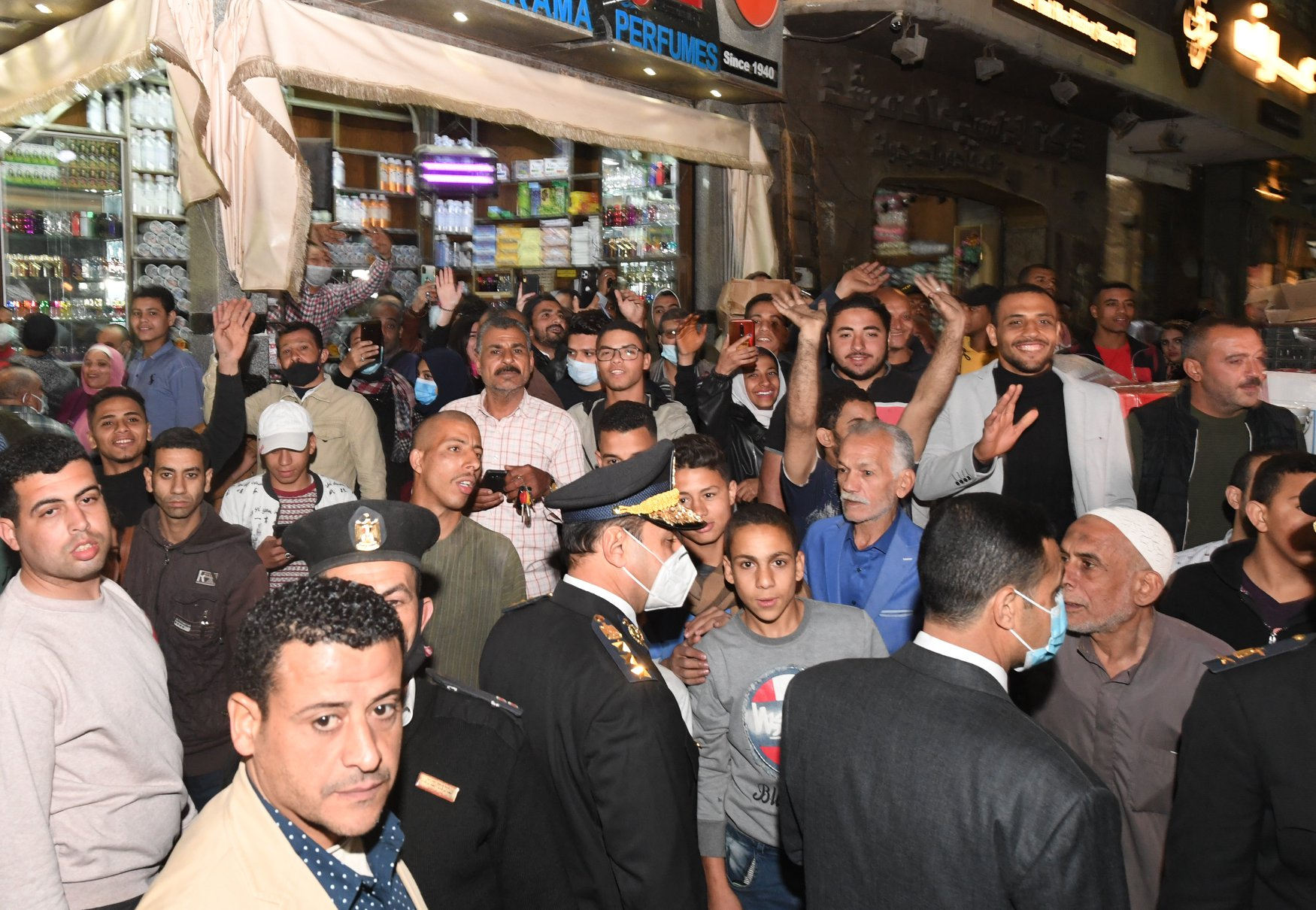 الرئيس التونسى فى شارع المعز (3)