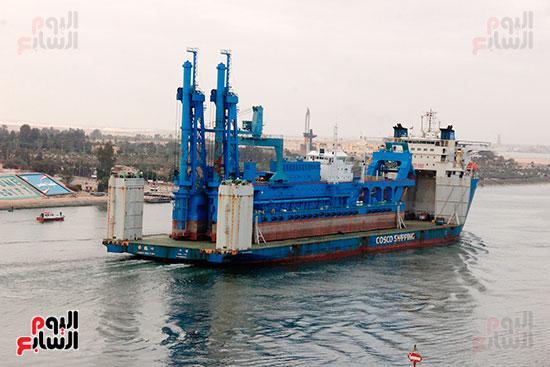 الكراكة مهاب مميش تنضم لأسطول قناة السويس (11)