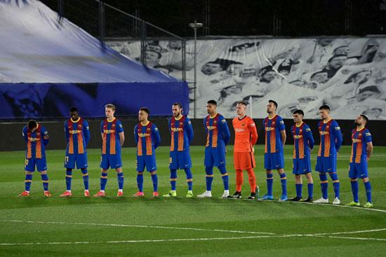 لاعبى-برشلونة-قبل-انطلاق-المباراة