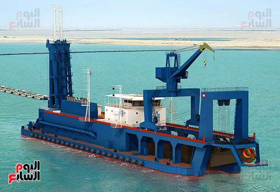 الكراكة مهاب مميش تنضم لأسطول قناة السويس (6)