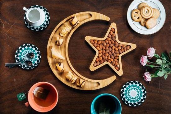 ديكورات رمضان.. أطباق تسالي
