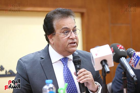 وزير التعليم العالى  الدكتور محمود صقر رئيس أكاديمية البحث العلمى  (8)