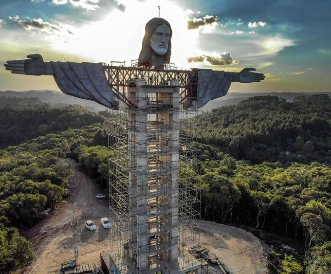 تمثال السيد المسيح فى البرازيل