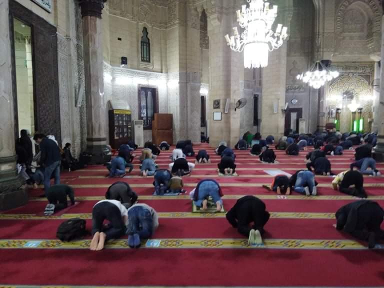 صلاة التراويح بمسجد أبو العباس  (3)