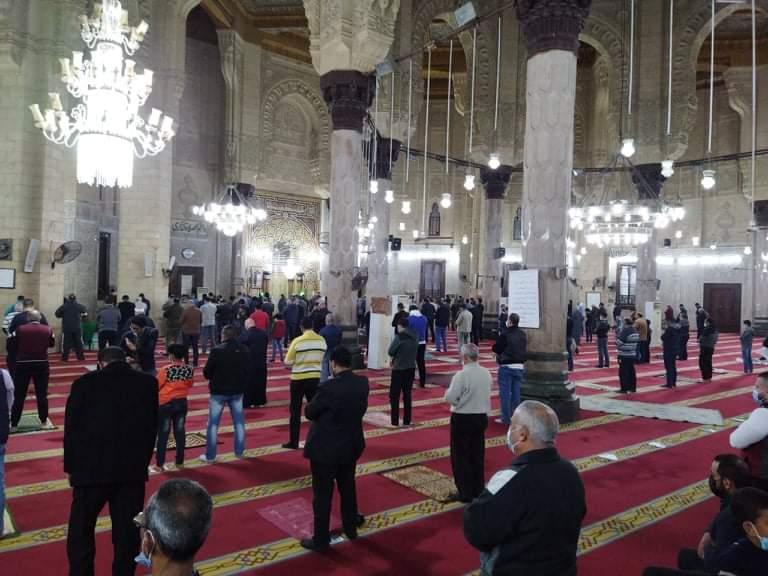 صلاة التراويح بمسجد أبو العباس  (2)
