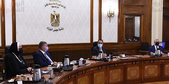 اجتماع الحكومه (1)