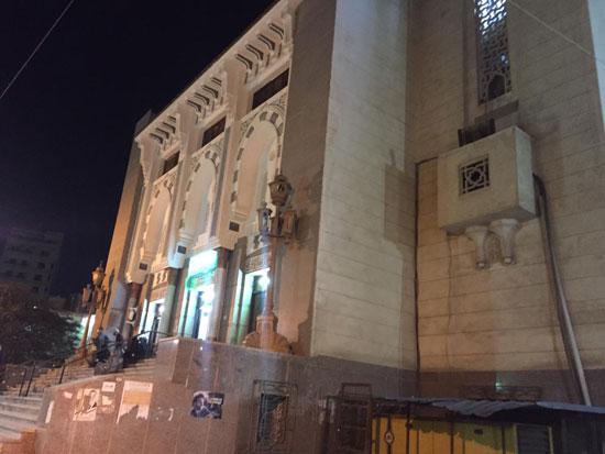 صلاة-التراويح-من-مسجد-أبو-بكر-الصديق-أقدم-وأكبر-مساجد-الإسماعيلية