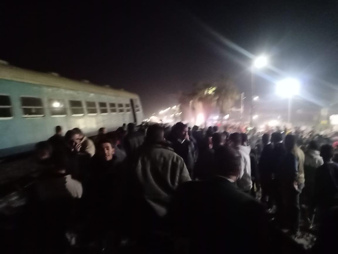 خروج قطار عن القضبان بالشرقية  (9)