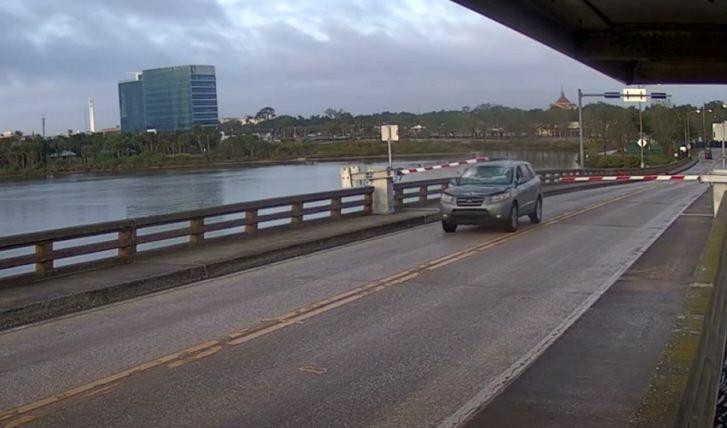 حادث سيارة فى فلوريدا (1)