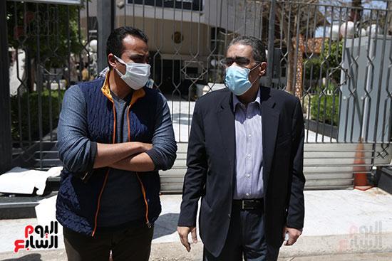 تشييع جثمان الكاتب الصحفى الراحل مكرم محمد أحمد (3)