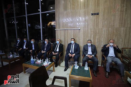 عزاء الكاتب الصحفى مكرم محمد أحمد (5)
