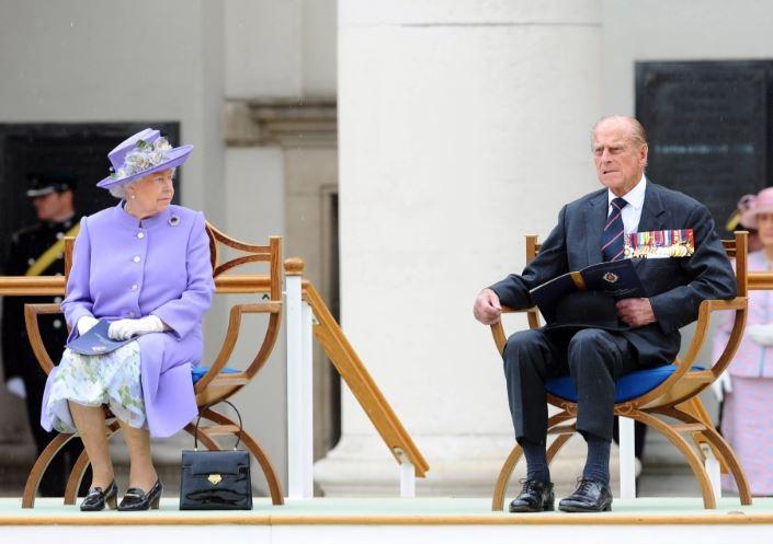 الامير فيليب والملكة اليزابيث