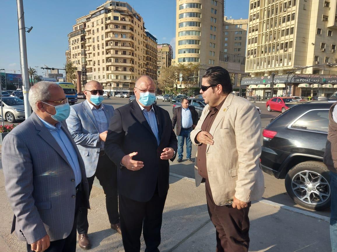 جولة محافظ القاهرة بمسار نقل المومياوات