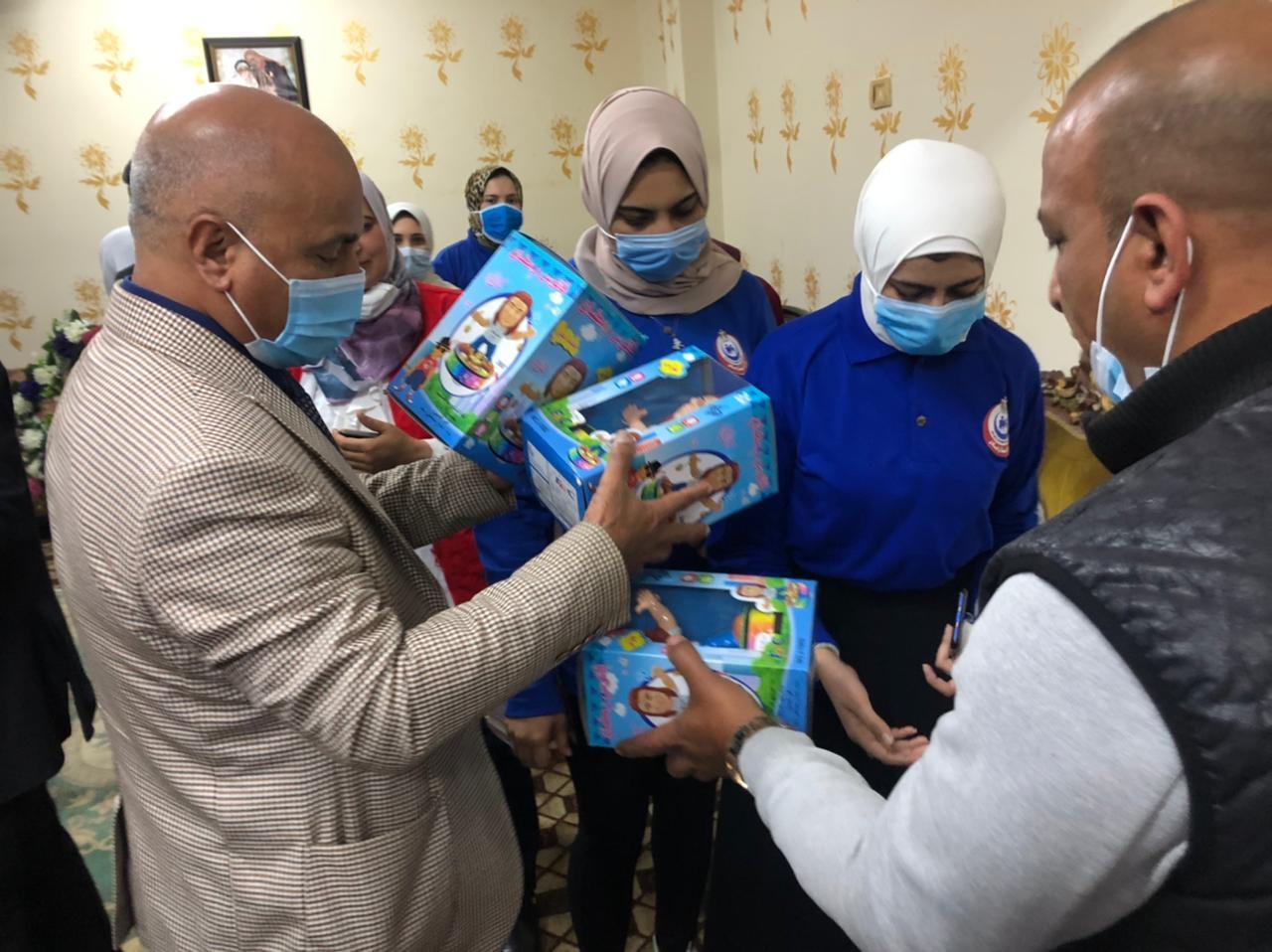 صحة الغربية تحتفل بيوم اليتيم وتقدم الوعى الصحى والمجتمعى للأطفال (3)