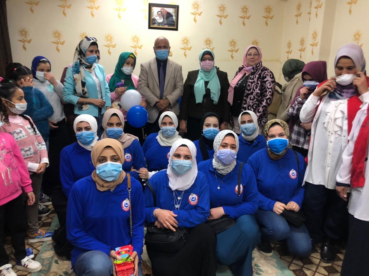 صحة الغربية تحتفل بيوم اليتيم وتقدم الوعى الصحى والمجتمعى للأطفال (2)